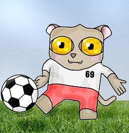Долгопят, играющий в футбол
